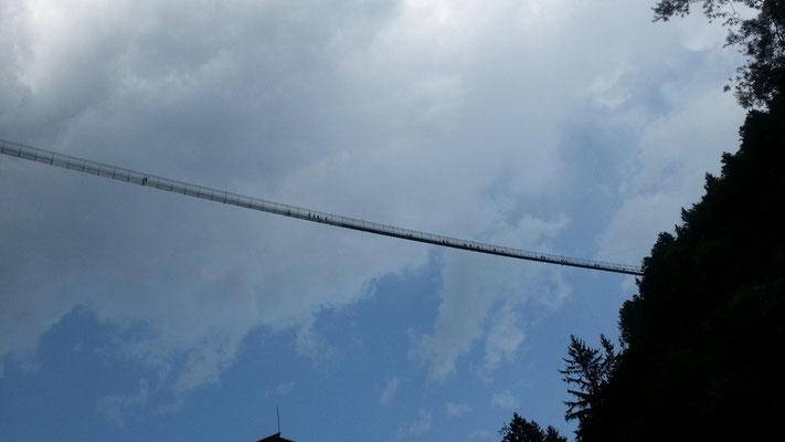 Highline 179 hinter Reutte