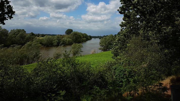 Blick auf die Weser in der Nähe von Drakenburg