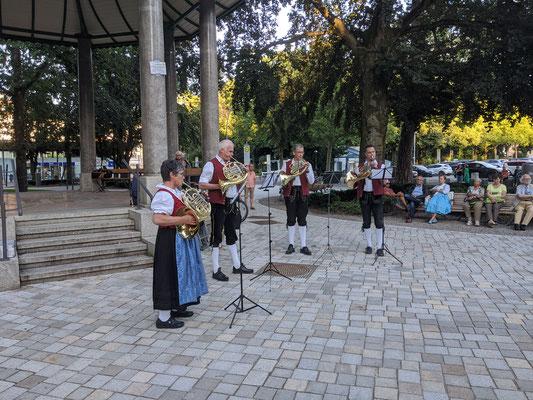 Standkonzert Stadtpark - Horn-Quartett