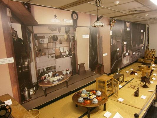 博物館様常設展示のバックパネルのグラフィックを製作、設置の施工をいたしました