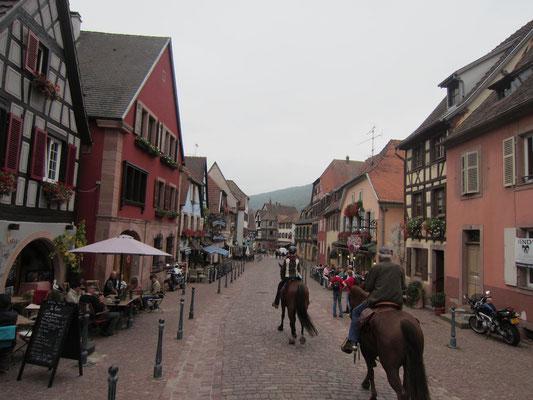 durch Kaysersberg im Elsass