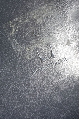 Eames Fiberglass Armchair Elephant Hide Grey Logo