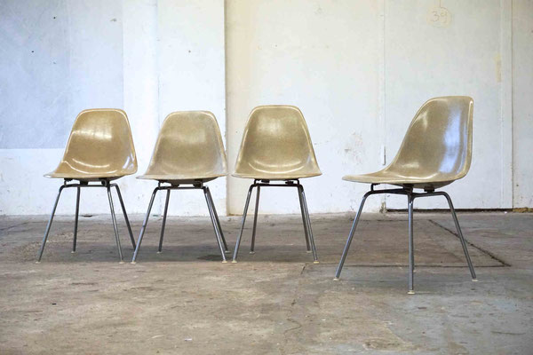 Eames Fiberglass Chair Greige Cincinnati Milacron