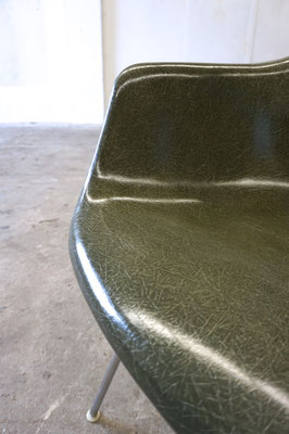 Eames Fiberglass Armchair Olive Green Dark