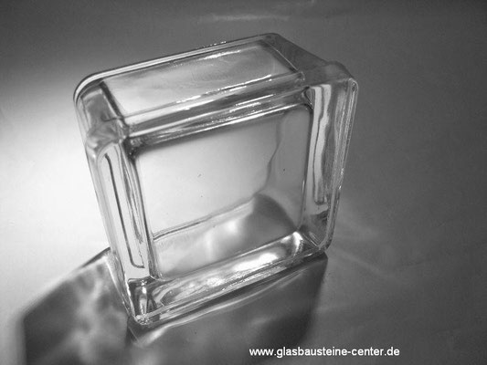 Bild: Glasbaustein Glass Blocks Betongläser Hohlbetongläser glasbausteine-center Glasstein Halbschale Glasstahlbetondecke glasbausteine-center.de wave clearview solaris Pavers paves glassteine glasbausteine half hollow dalles