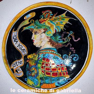 """piatto in maiolica-ceramica 50 cm piatto maiolica DIAMETRO 50 Cm """"il Guerriero disegno di Leonardo"""" prezzo 250,00 euro"""
