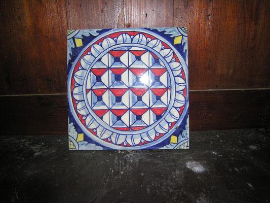 mattonella con disegno antico dipinta a mano