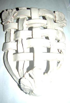 applique in ceramica fatto a mano medievale con foglie di ginkgo biloba