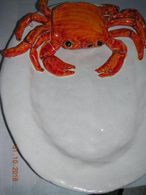 piatto ceramica con granchio per ristoranti crab pot pottery