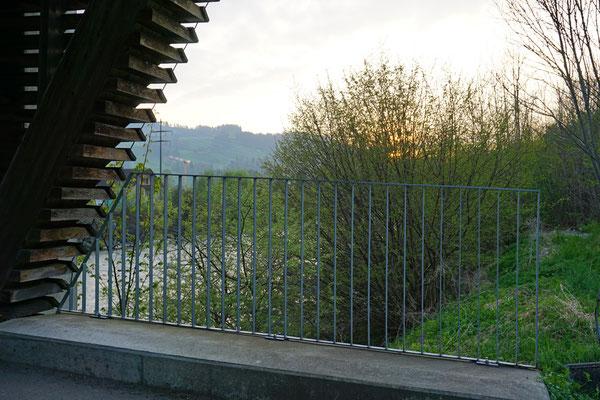 Geländer bei der Holzbrücke in Ennigen bei Schachen LU