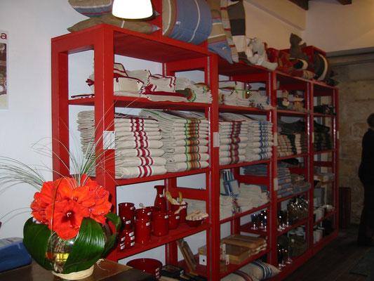 mobilier boutique Artiga