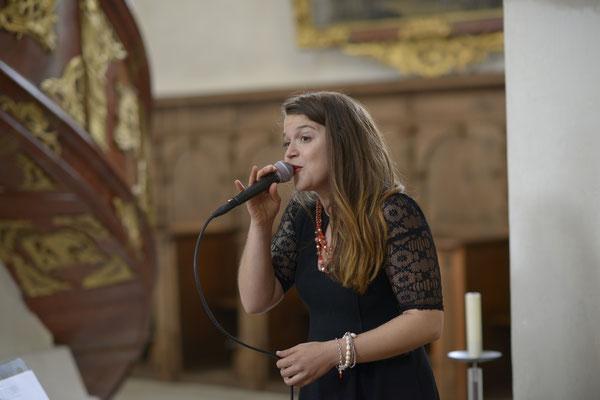 Alma Cilurzo Halleluja Hochzeitssängerin Aargau Schweiz Wettingen Zürich Luzern Basel Bern Sängerin für Hochzeit