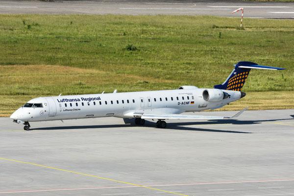 CRJ900 (D-ACNF)