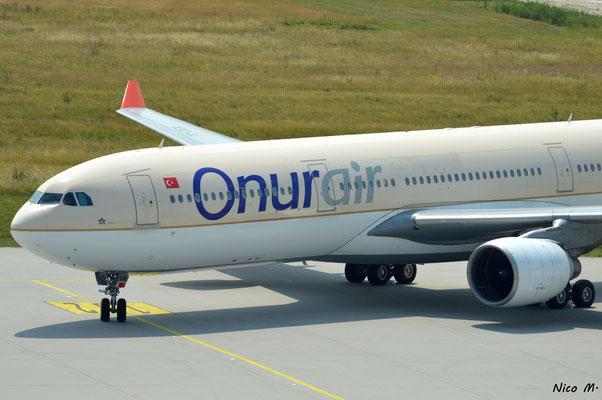 A330-300 (TC-OCA)
