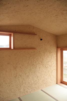 和室の天井は低めに設計しています