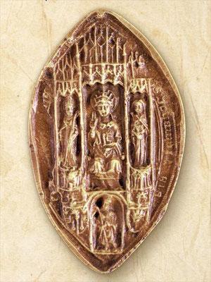 """""""saint Pierre trônant, entouré de saint Loup et de sainte Mâthie ; au-dessous, l'évêque agenouillé, en prière, avec, à gauche, les armoiries de l'évêché (une crosse, accompagnée de deux clés et de deux fleurs de lis) et, à droite, celles de l'évêque"""