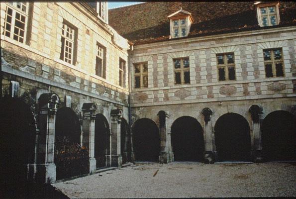 Abbaye St Loup