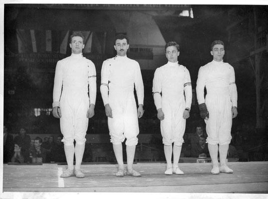 Equipe de France des JO de Melbourne (1956) : Gamot, Lefevre Rouillot et Morel.