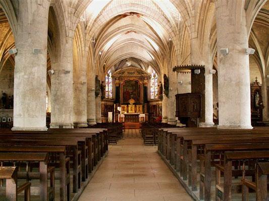 Intérieur de l'église de Sainte-Savine