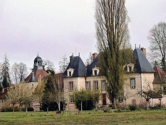 Château de St Benoist sur Vanne
