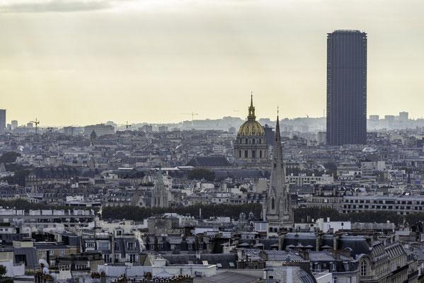 Aussicht vom Arc de Triomphe in Richtung Invalidendom