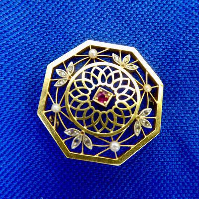 Rubin, Diamant, Perlen, Gelbgold 750 & Platin
