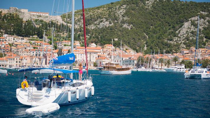 Yachtcharter mit Skipper für Familien Dalmatien