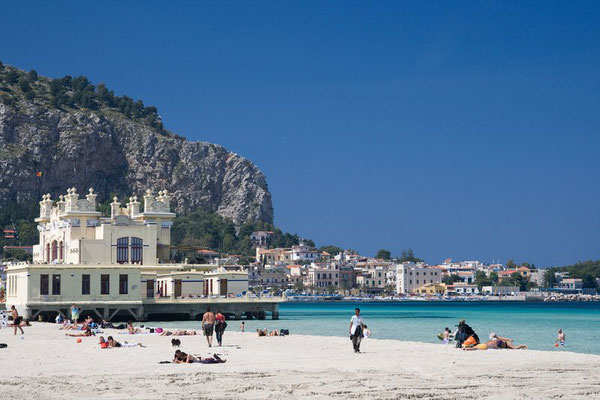 Segeltörn Sizilien Lipari Luxus-Urlaub Italien