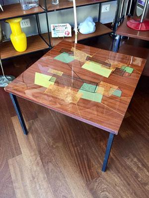 Tavolino anni '50 con decori