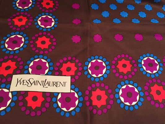 Yves Saint Laurent - Foulard