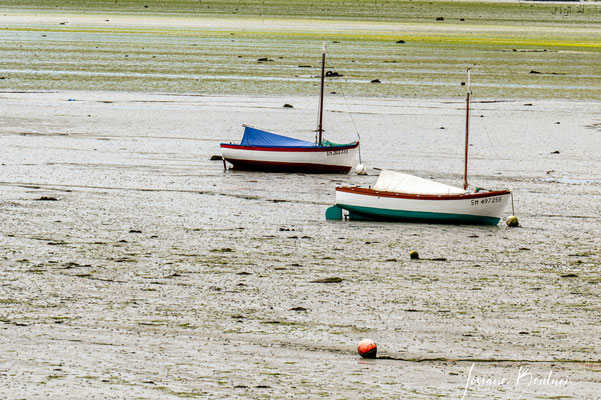 Bateau à la marée base