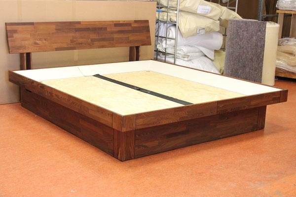 Schumm design Taiga II Holzbett