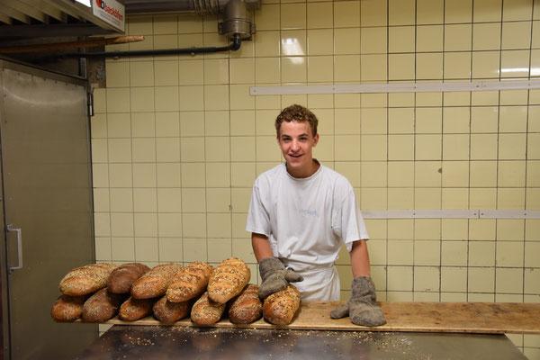 Bäcker am Werk