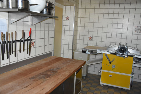 Backen in der Bäckerei Graber