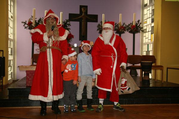 Der Weihnachtsmann kommt uns jedes Jahr besuchen