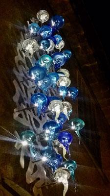Nicolas Laty -méduses en verre sur métal thermo laqué, inox et leds-renseignements et prix 0610814790