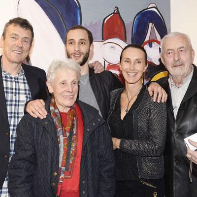 De gauche à droite l'artiste Thierry Pelletier, Monique Pelletier, Léonard Pelletier, Valérie Gaidoz (Galerie Gabel) l'orfèvre Claude Pelletier