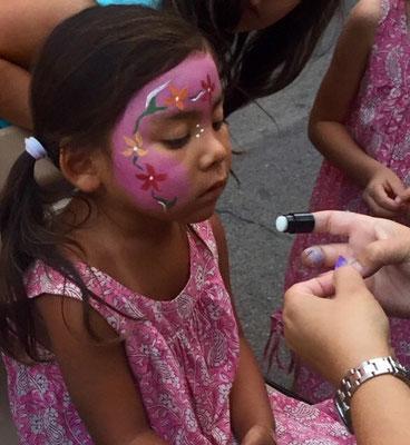Maquillage, tatouages éphémères, travaux manuels pour enfants avec Lydia (larbreaempreintes@gmail.com)