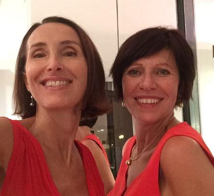 """Valérie Gaidoz et Lisi Lopez artiste joaillière-Exposition """"Jardins Précieux"""" 2 galeries en résonance avec les tableaux de Karen."""