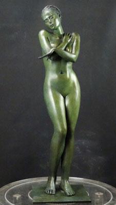 Deville-Chabrolle- sculptures monumentales en bronze- femme bronze