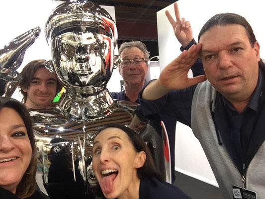 A Lille Art Up en 2018 avec Martin Bez (Docks Sud), l'artiste David Djordjevic et son père, la galeriste Sophie Julien (2018)