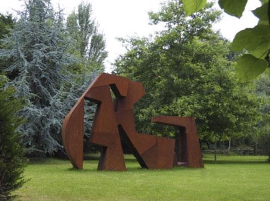 MPCEM- sculpture abstraite en acier rouillé. pieces unique