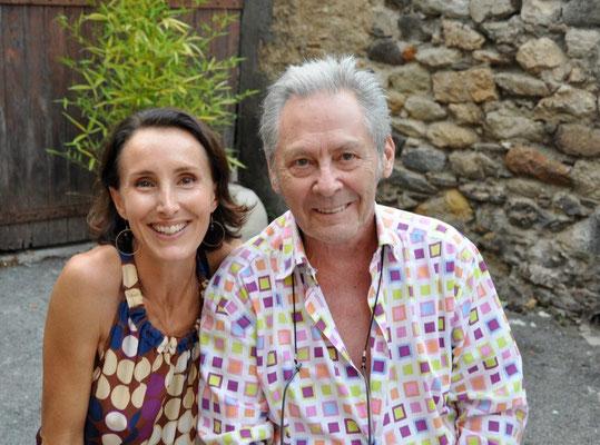 Valérie Gaidoz et Serge Mendjisky à Biot pour son exposition à la galerie Gabel (2012)