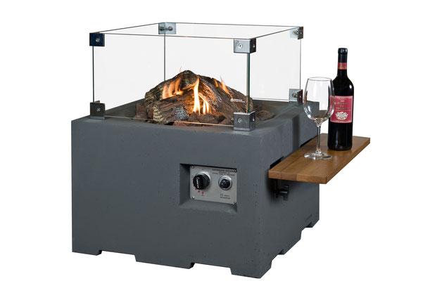 Restaurants-Aussenbereich-Wärme-und-Gemütlichkeit