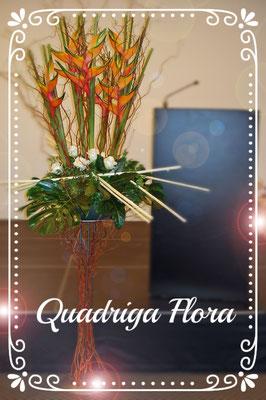 Firmenanlass Tisch Meggen Luzern Blumen Flower Gesteck Strauss Bouquet
