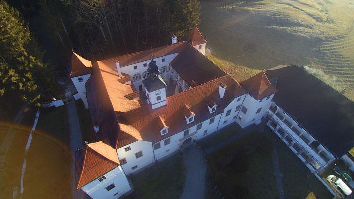 Privatschloß Steiermark, Luftaufnahme