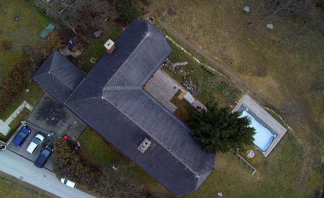 Dach, Luftaufnahme