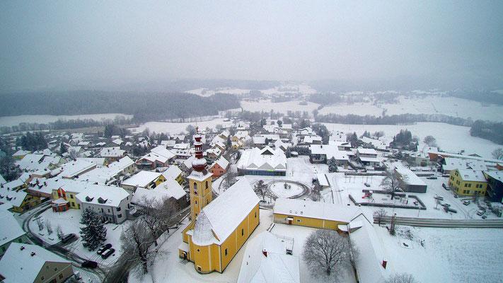 Kumberg Ortszentrum mit Kirche
