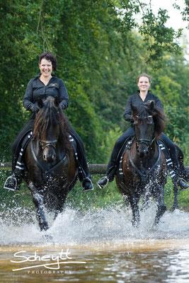 Für die Pferde war es eine tolle Abkühlung.