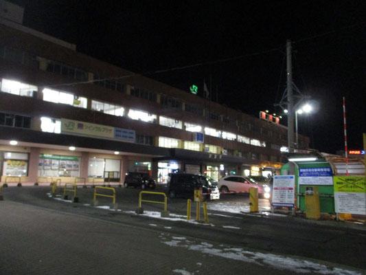 釧路に着く頃には当たりはすでに夜 しかし朝一番で出発すれば、鉄路でここまで来られるのだからスゴイ!